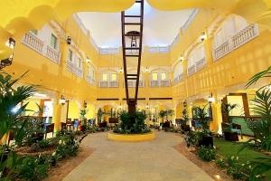 burjeel courtyard 2